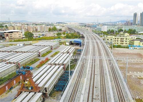 广石铁路开通运营